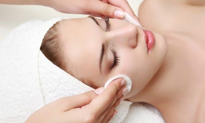Čišćenje lica loraderm centar